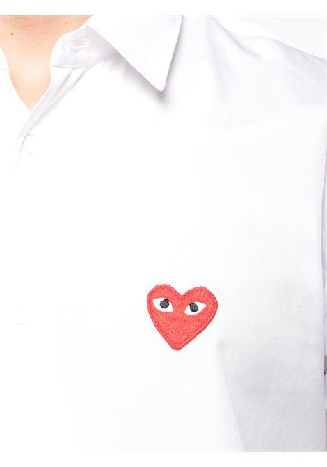 Camicia classica con applicazione cuore PLAY COMME DES GARCONS | Camicia | P1B0022
