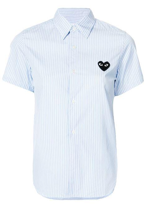 Camicia a righe con applicazione cuore PLAY COMME DES GARCONS | Camicia | P1B0211