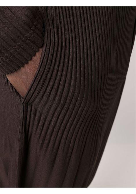 pantalone in tessuto plissé HOMME PLISSE | Pantalone | HP18JF17545