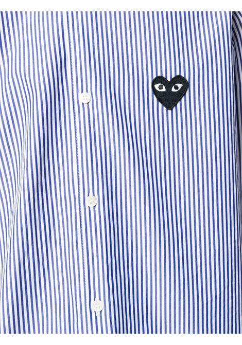 Camicia a righe con applicazione cuore PLAY COMME DES GARCONS | Camicia | P1B0181