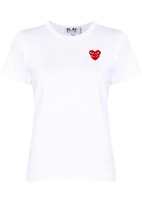 T-shirt con applicazione logo doppio cuore rosso ricamato PLAY COMME DES GARCONS | T-shirt | P1T2872