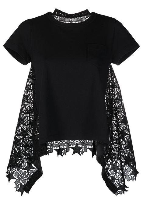 T-shirt con parte posteriore traforata e drappeggiata SACAI | T-shirt | 21-05471001