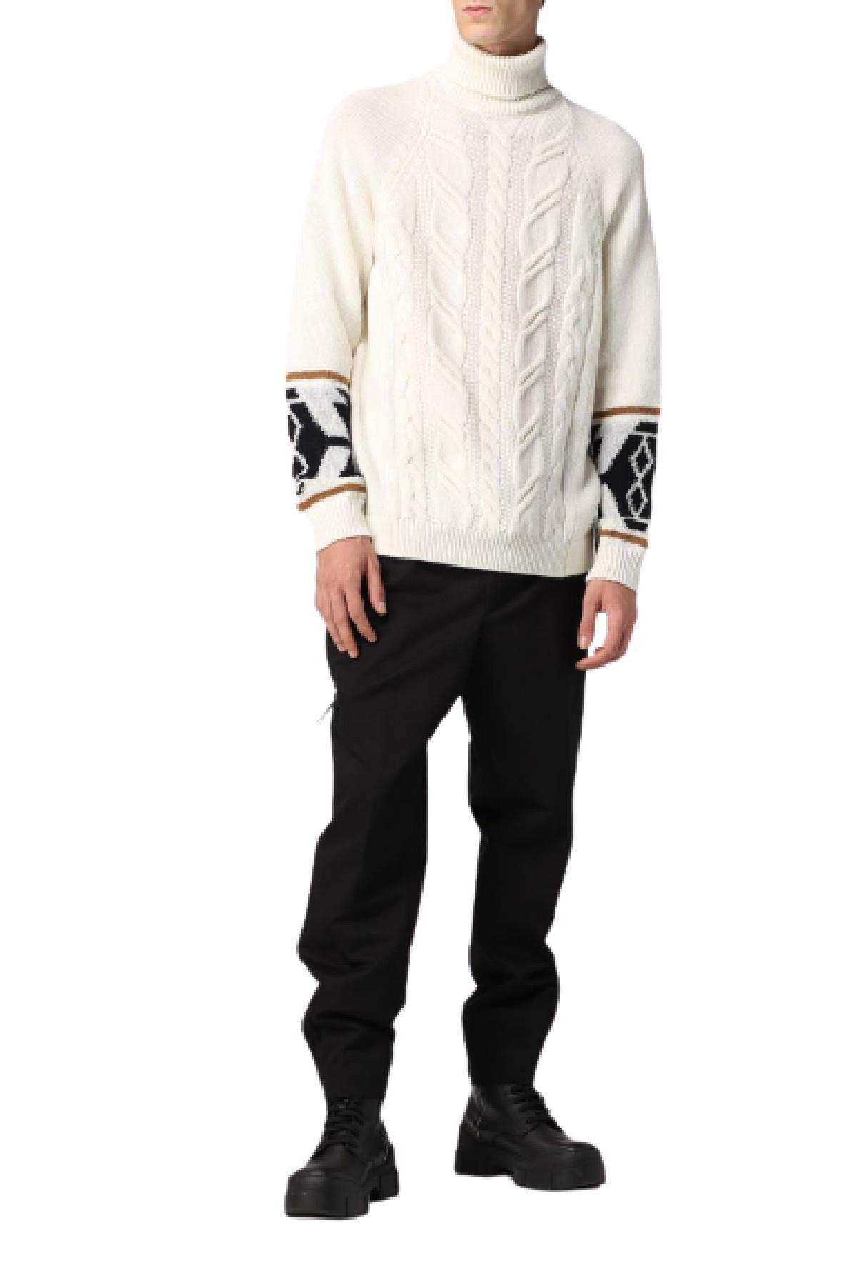 maglione dolcevita treccia e azteco ai polsi Altea | 7 | 216126328/R