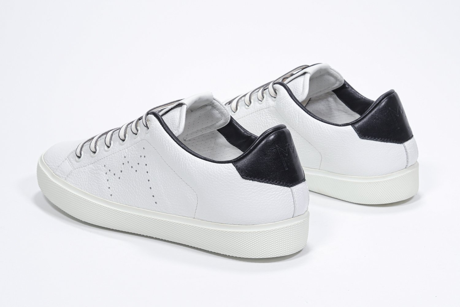 Leather Crown Sneakers in pelle iconic low top Lc06 LEATHER CROWN | 12 | LC06201062/U