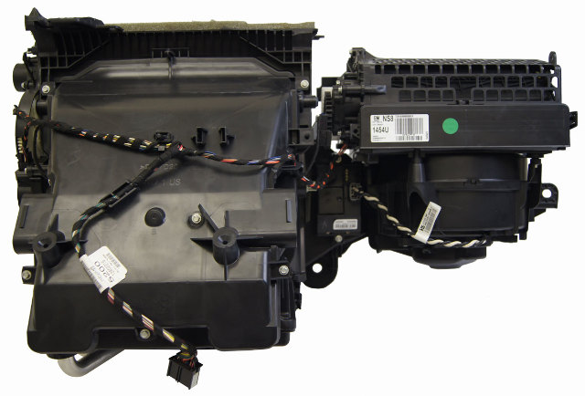 Chevy Volt Cadillac Elr Heater A C Assembly Box Broken Tab on 2007 Gmc Acadia Power Steering Pump