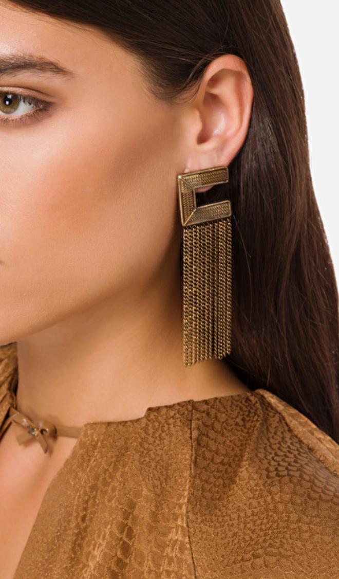 Orecchini logo con frange in oro invecchiato Elisabetta Franchi ELISABETTA FRANCHI | Orecchini | OR63A06E3028