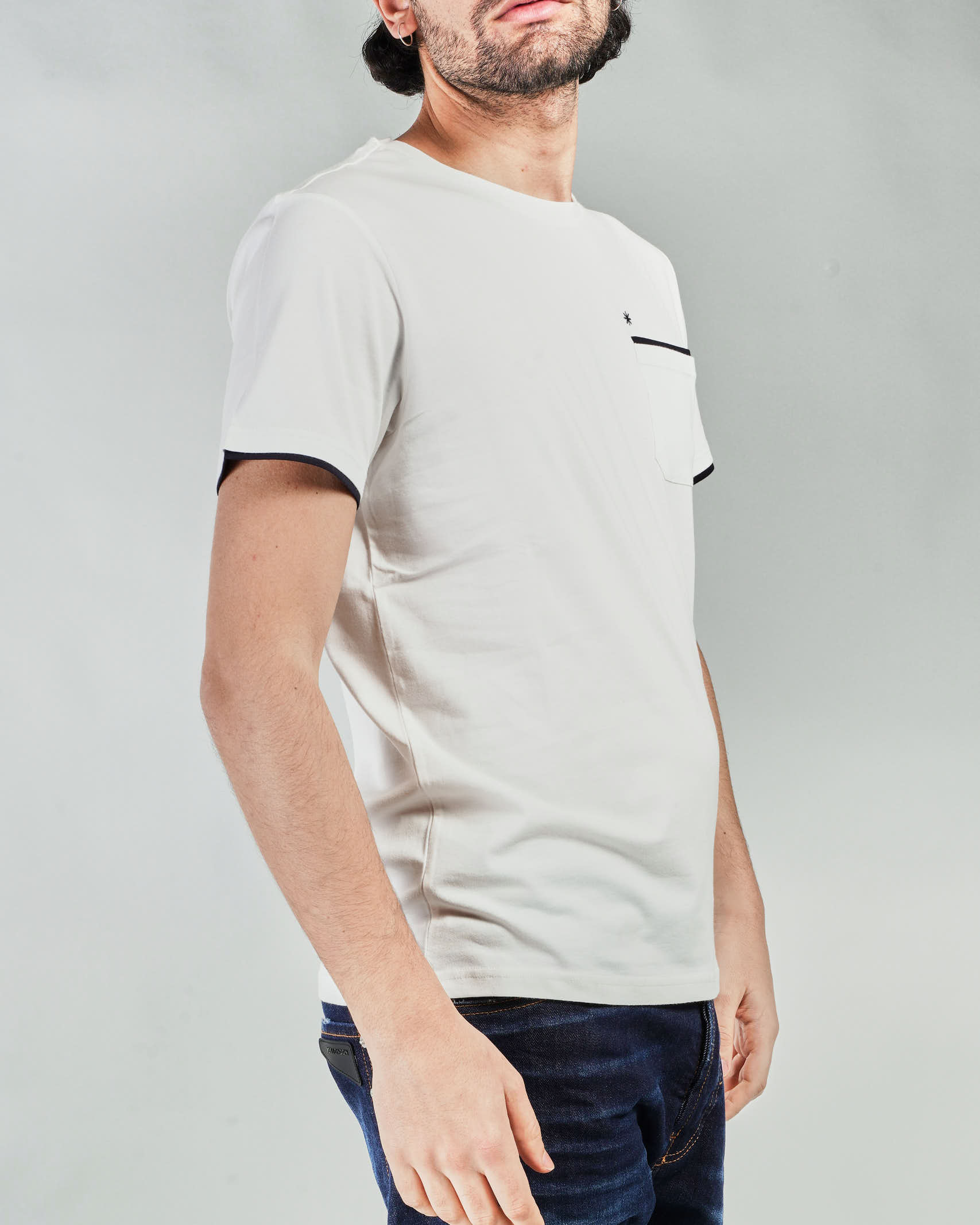 T-shirt con profili a contrasto Manuel Ritz MANUEL RITZ | T-shirt | 3032M5512132933