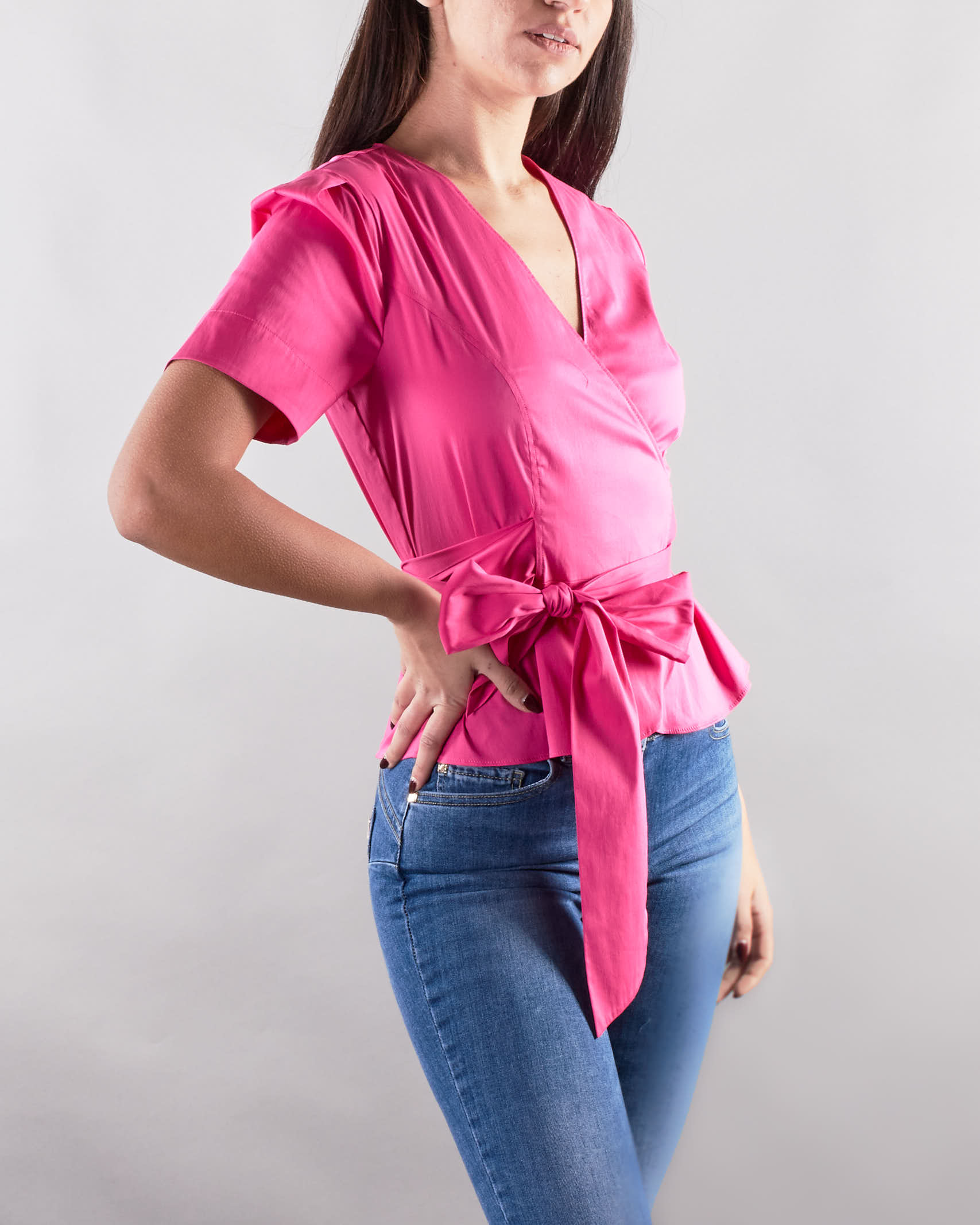 Camicia con chiusura ad incrocio e fiocco in vita Nenette NENETTE | Camicia | FLORA206