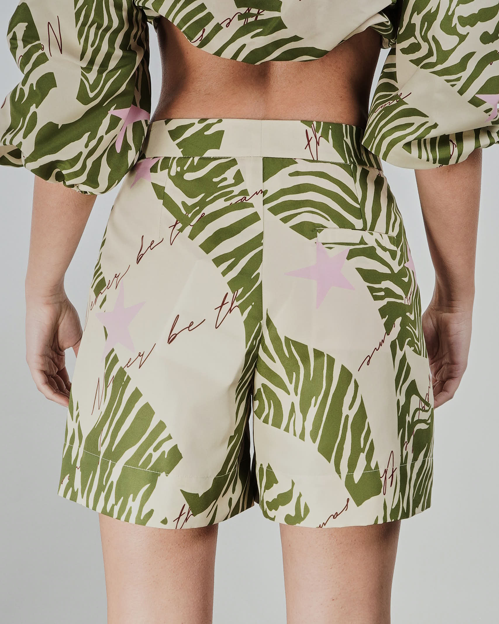 Shorts fantasia Never Be The Same NEVER BE THE SAME   Shorts   21083VERDE