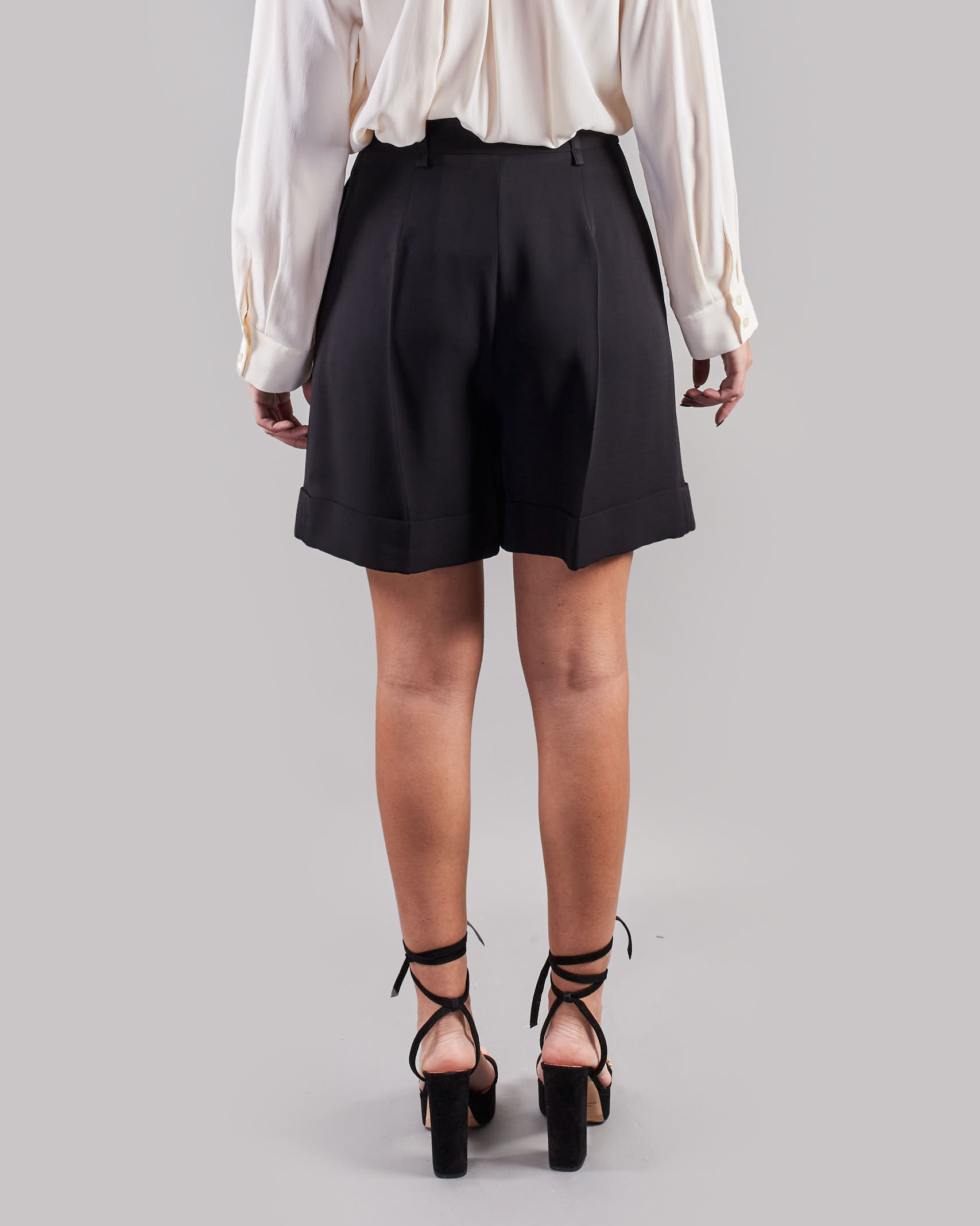 Shorts con pences Simona Corsellini SIMONA CORSELLINI   Shorts   SH00101TCAD00013