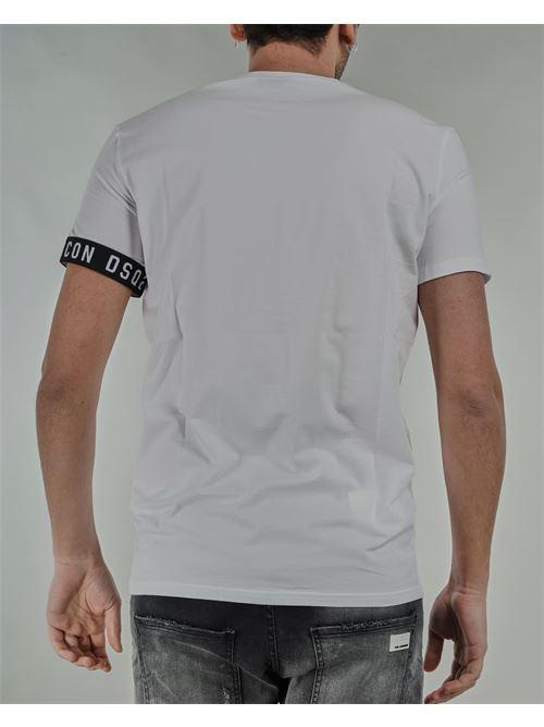 T-shirt con logo sulla manica DSQ2 Dsquared DSQUARED | T-shirt | D9M3S3450110