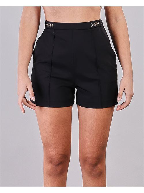 Shorts in ottoman con morsetto logato Elisabetta Franchi ELISABETTA FRANCHI | Shorts | SH00111E2110