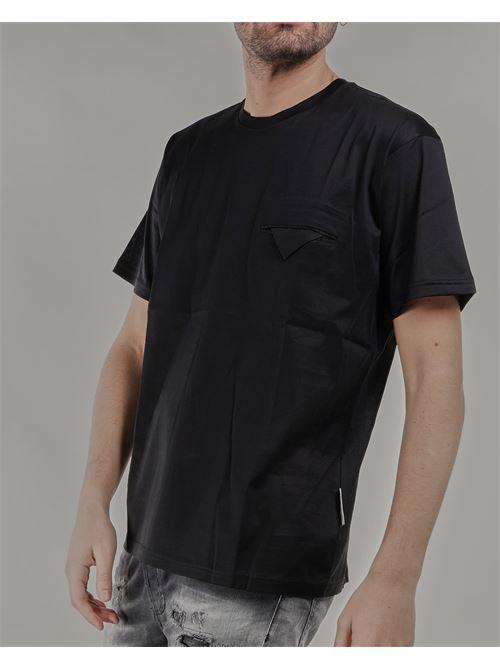 T-shirt basic con taschino Low Brand LOW BRAND | T-shirt | L1TSS215684D001