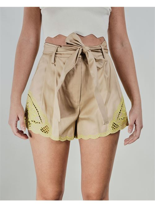 Shorts con ricamo sangallo Twinse TWIN SET | Shorts | TT20806133