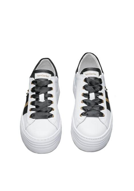 NERO GIARDINI SNEAKERS I013370D SKIPPER BIANCO GUANTO NERO Nero Giardini | Sneakers | I013370D707