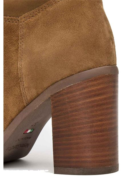 Stivali NeroGiardini donna I014046D velour malto Nero Giardini | Stivali | I014046DVELOUR MALTO