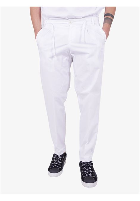 Pantaloni ALESSANDRO DELL'ACQUA | Pantaloni | AD7136/P0083E10