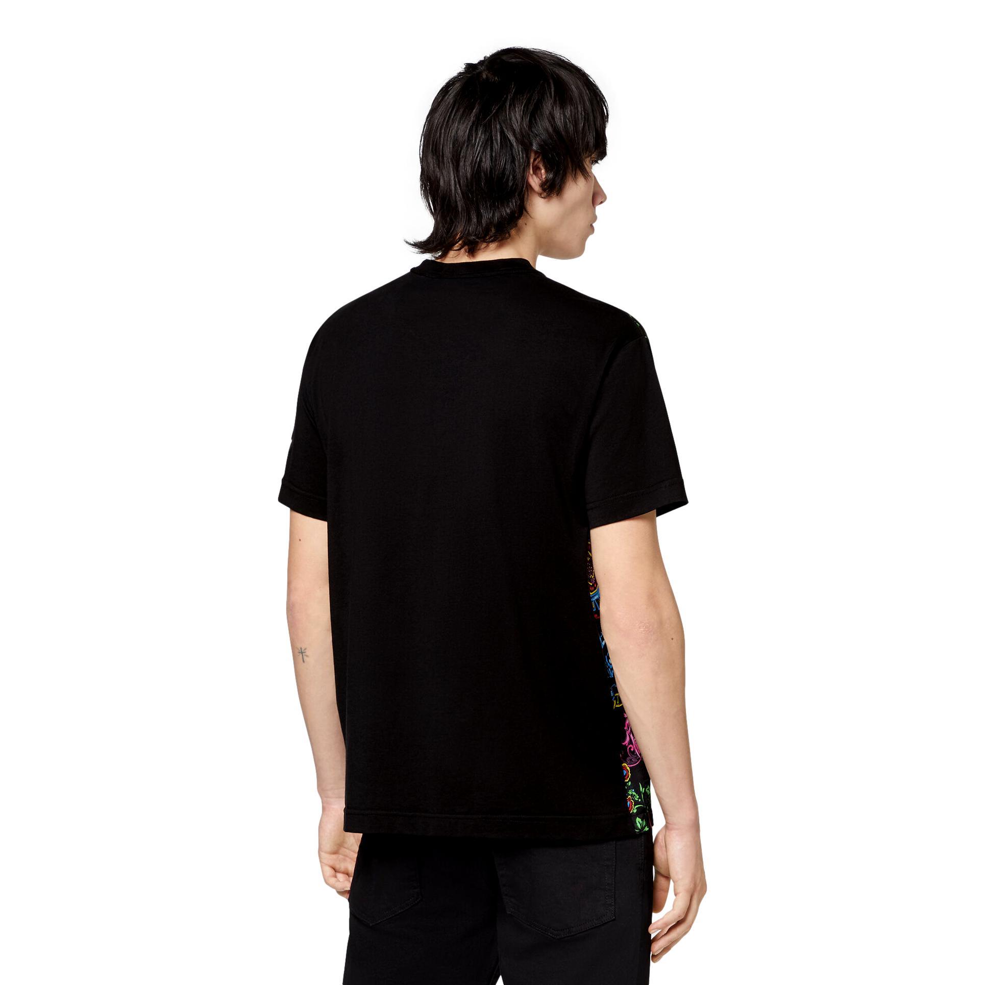 T-SHIRT CON STAMPA REGALIA BAROQUE VERSACE JEANS COUTURE   T-shirt   71GAH610 NS007899