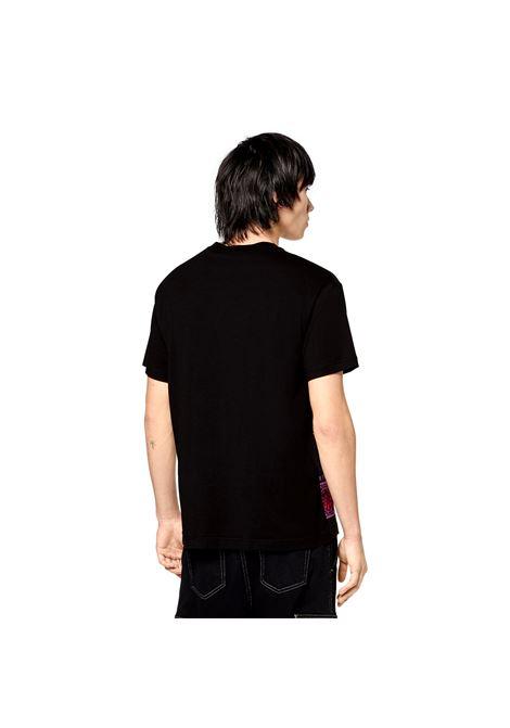 T-SHIRT CON STAMPA REGALIA VERSACE JEANS COUTURE | T-shirt | 71GAH6R8 JS027899