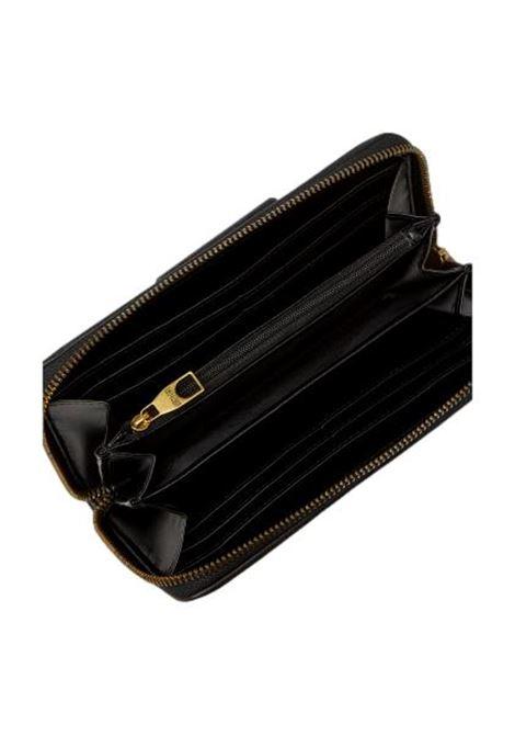 Portafoglio in ecopelle con logo oro a rilievo VERSACE JEANS COUTURE | Pochette | 71VA5PA1 ZS059899