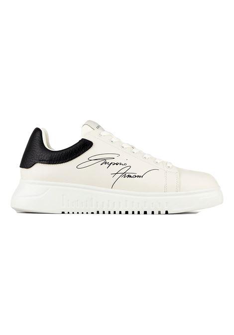 Sneakers in pelle con logo signature EMPORIO ARMANI | Scarpe | X4X264 XM670N422