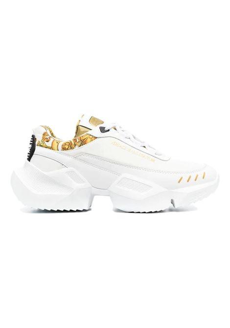 Chunky sneakers con finiture barocche VERSACE JEANS COUTURE | Scarpe | E0YWASU5 71924MCI