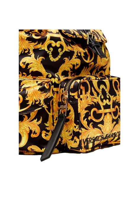 ZAINO SHELLY CON STAMPA LOGO BAROQUE VERSACE JEANS COUTURE | Borsa | E1VWABT3 71885M27