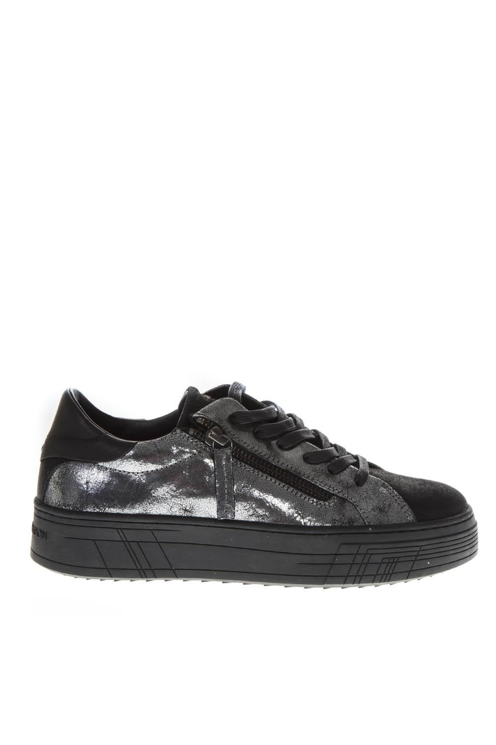 40b0f12df44b0 SILVER LEATHER LOW-TOP SNEAKERS FW 2018 - CRIME LONDON - Boutique Galiano