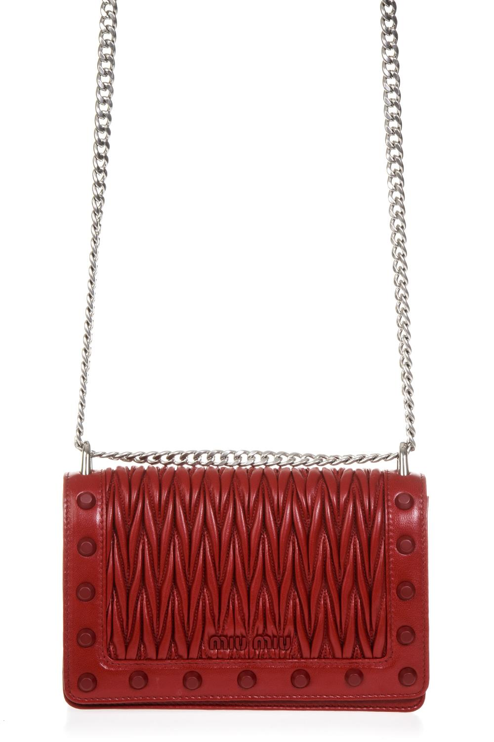 RED QUILTED LEATHER SHOULDER BAG FW 2018 - MIU MIU - Boutique Galiano e54a69bf6