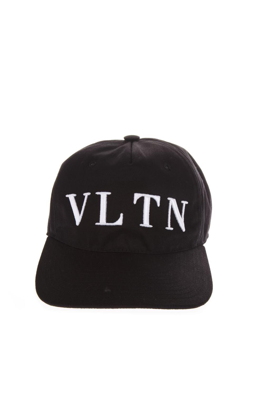 VLTN BLACK COTTON BASEBALL HAT FW 2018 - VALENTINO GARAVANI - Boutique  Galiano 7735f037781