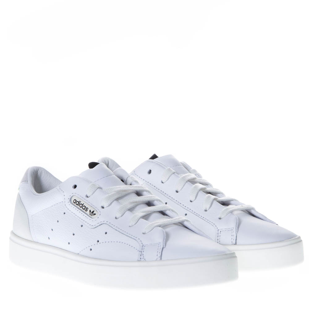 SLEEK W WHITE LEATHER SNEAKERS. ADIDAS ORIGINALS