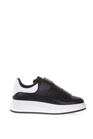 OVERSIZED SNEAKERS IN SMOOTH CALF LEATHER FW 2017 ALEXANDER McQUEEN | 55 | 476220WHGP51070