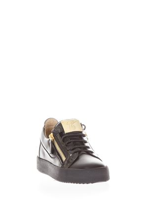 LOW-TOP SNEAKERS NICKI FW 2017 GIUSEPPE ZANOTTI | 55 | RW70000MINIPLACCALOGO002