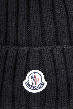CAPPELLO BEANIE IN LANA OFF-WHITE AI 2017 MONCLER | 17 | 002200003510004999