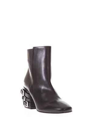 SQUARED TOE BOOT WITH BUCKLES DETAIL FW 2017 VIC MATIÉ | 52 | 1R5976DR16R020101