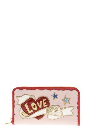 PORTAFOGLIO IN PELLE ROSA CON PATCH LOVE AI 2018 DOLCE & GABBANA | 34 | BI0473AZ14780303