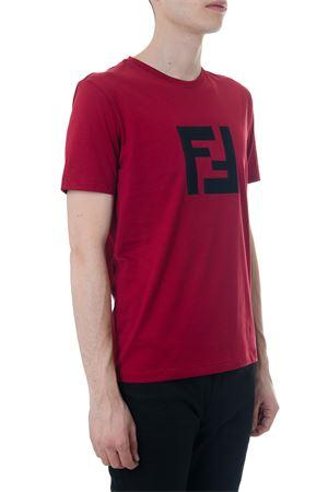 RED COTTON T-SHIRT WITH LOGO FENDI fw 2018 FENDI   15   FAF532A54PF0XDC