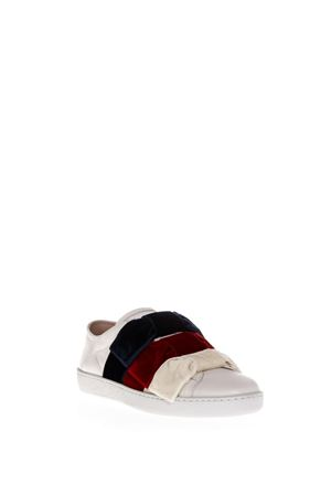 ACE WHITE LEATHER SNEAKERS WITH VELVET BOW FW 2018 GUCCI | 55 | 5249890RD209093