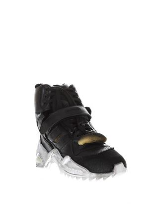 SNEAKERS IN PELLE NERA EFFETTO VINTAGE AI 2018 MAISON MARGIELA | 55 | S39WS0036P2082T8013