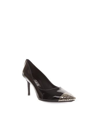 BLACK PATENT LEATHER PUMPS WITH METAL TOE DETAIL