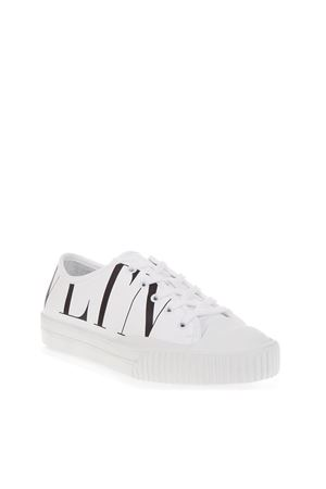 WHITE CANVAS & LEATHER SNEAKERS WITH LOGO VLTN FW 2018 VALENTINO GARAVANI | 55 | QY2S0B03XMCA01