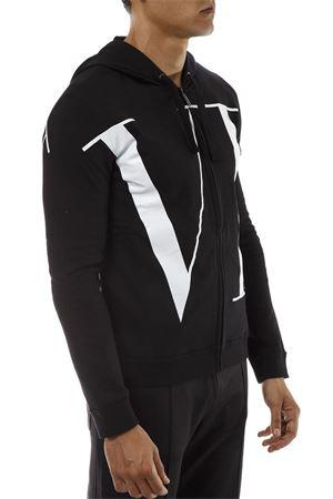 BLACK COTTON HOODIE FW18 VALENTINO | 19 | QV0MF12L5920NO