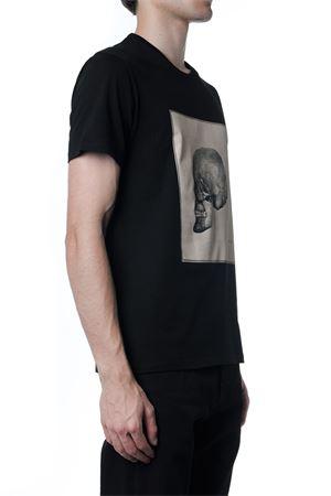 BLACK SKULL PRINT COTTON T-SHIRT FW 2019 ALEXANDER McQUEEN   15   573590QNZ620901