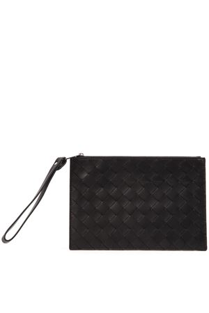 BLACK INTRECCIATO LAMB LEATHER POUCH FW 2019 BOTTEGA VENETA | 2 | 592643VO0BI1000