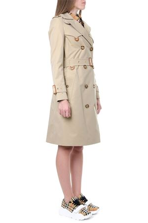 TRENCH IN COTONE COLOR MIELE CON ANELLI RIVESTITI AI 2019 BURBERRY | 31 | 80141551A1366
