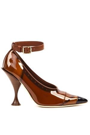 BROWN VINYL AND LEATHER POINTED TOE PUMPS FW 2019 BURBERRY | 68 | 80203721A1212
