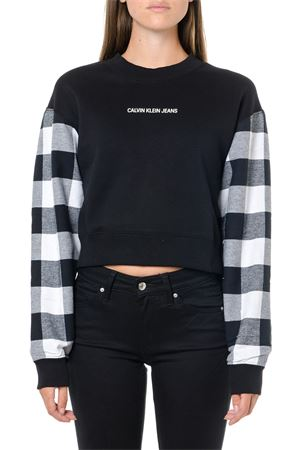 BLACK COTTON CROPPED SWEATSHIRT WITH CHECKED SLEEVES FW 2019 CALVIN KLEIN JEANS | 19 | J20J212389UNI099