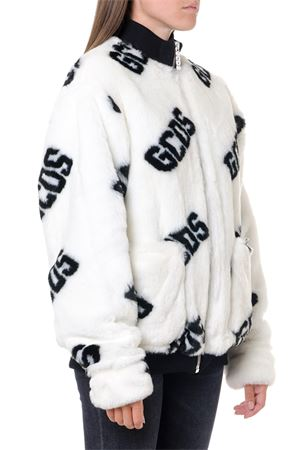 WHITE ECO FUR ALL OVER LOGO JACKET FW 2019 GCDS | 27 | FW20M0400021WHITE