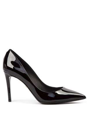 BLACK PAINTED LEATHER CLASSIC PUMPS FW 2019 DOLCE & GABBANA | 68 | CD1367A147180999