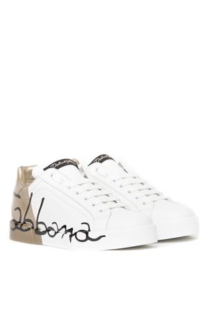 WHITE & GOLD LEATHER LOGO SNEAKERS FW 2019 DOLCE & GABBANA | 55 | CK0124AI053HH821